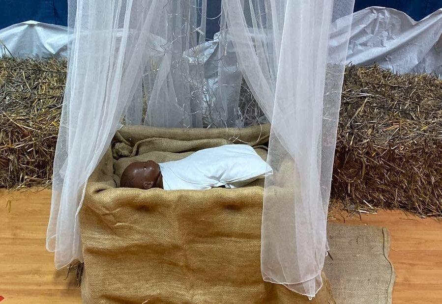 Μαυρούι φέτος το μωρό - Ιησούς σε νηπιαγωγείο της Αυγόρου